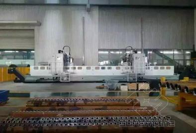 JXZ3512/3型数控集箱钻床